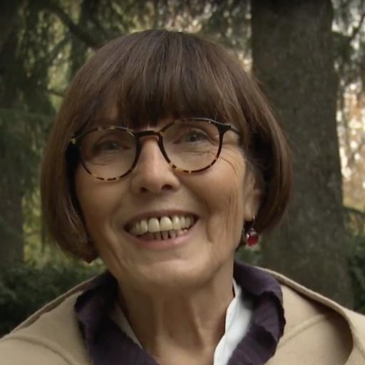 ADRIANA LUSVARGHI